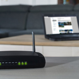 TP-Link vs. D-Link:Choose the best Wi-Fi router system